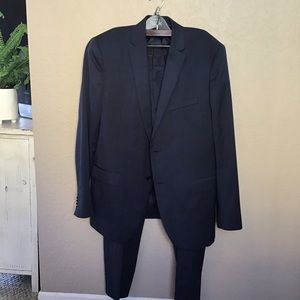 Theory Men's Navy Suit - Size 46